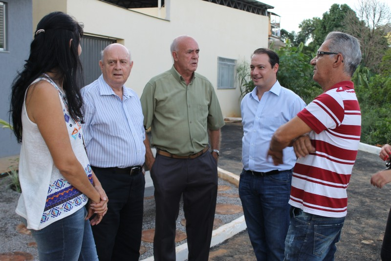 Braulio e Renzo Braz na UBS do bairro Gaspar